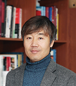 김해룡 주임교수님 사진