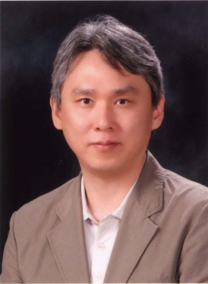 최태선 주임교수님 사진