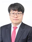 김태웅 주임교수님 사진